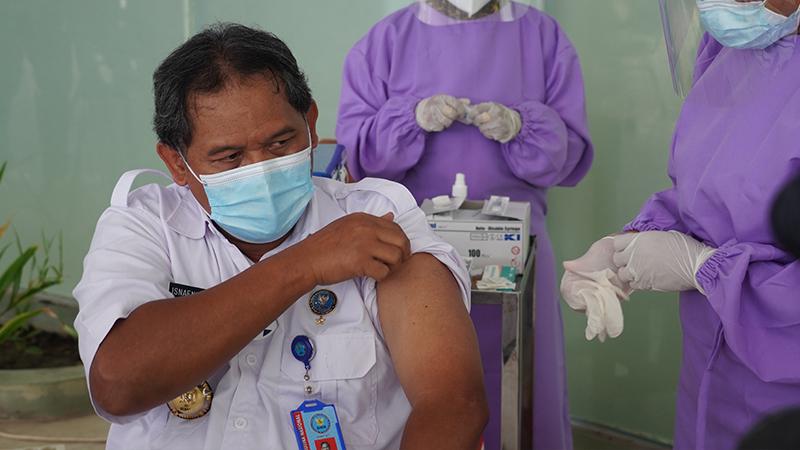 vaksinasi di kota kupang